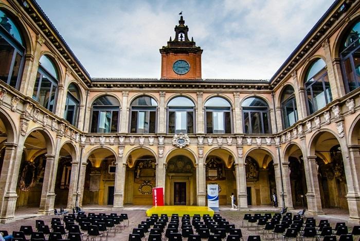 Университет Болоньи