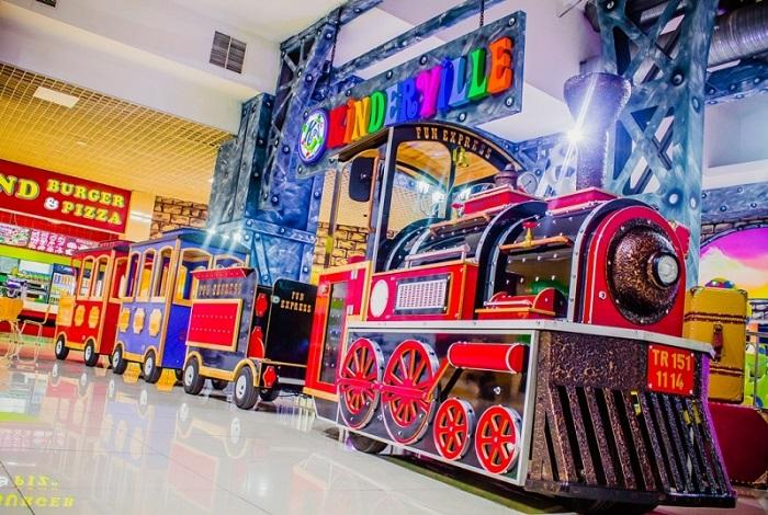 Развлекательный парк Kinderville