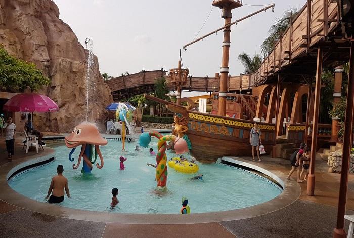 Fantasia Lagoon