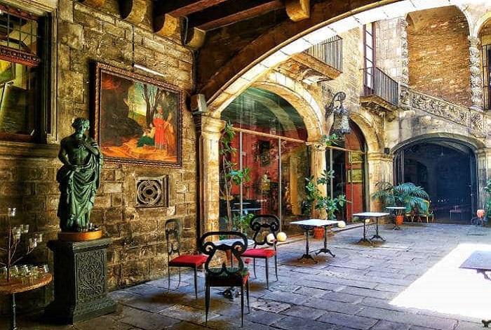 Дворец Далмасес