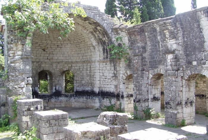 Храм Цадрыпша (Гагрский район)