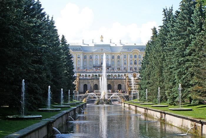 Дворцово-парковый комплекс