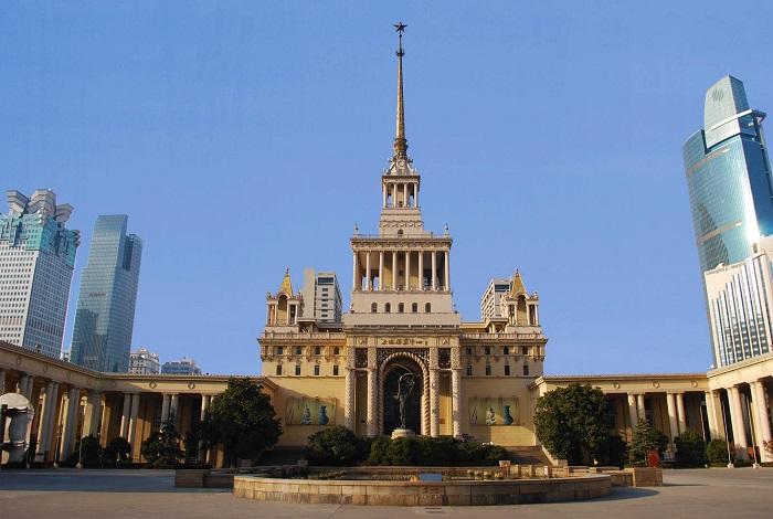 Шанхайский выставочный центр