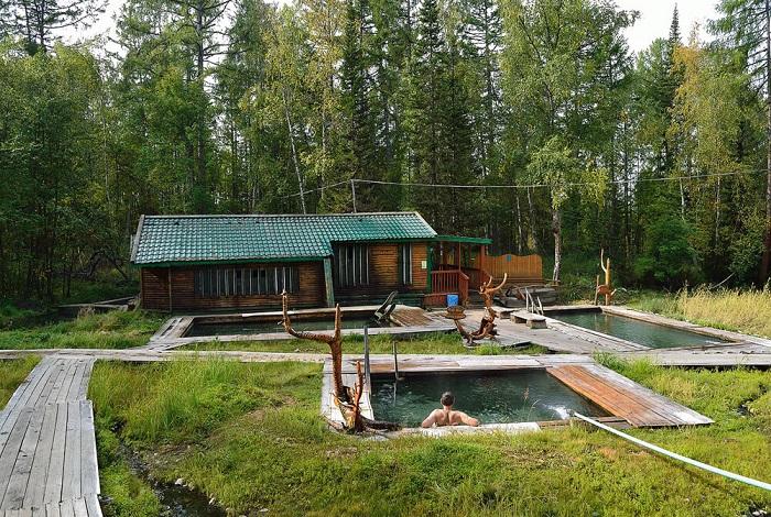 байкальские термальные источники находятся в Горячинске