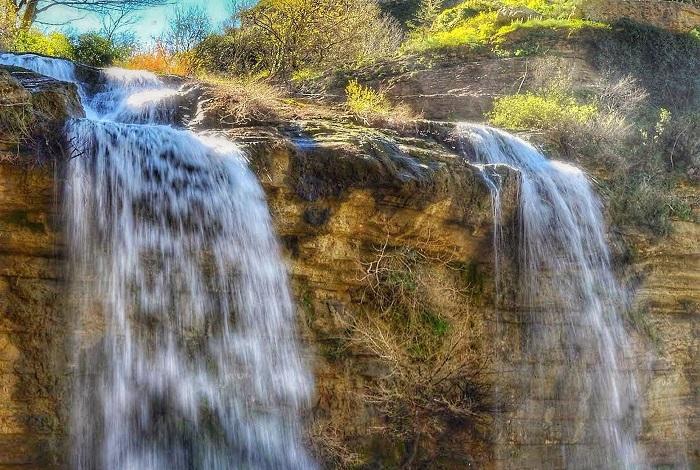 Фонтан-водопад