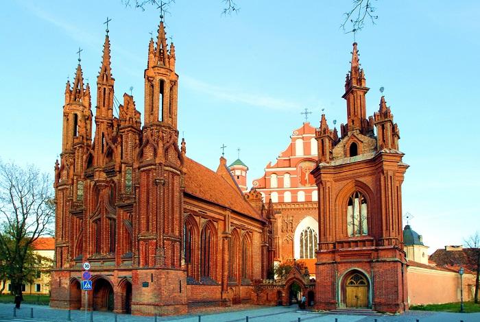 Храм Святой Анны и Бернардинский костел