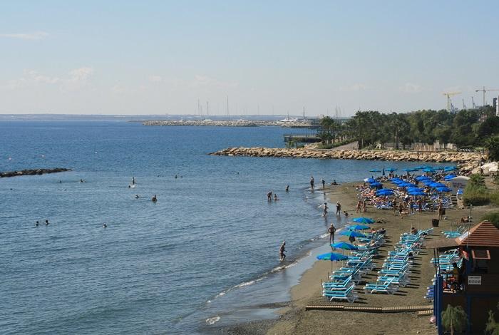 Городской пляж Akti Olympion
