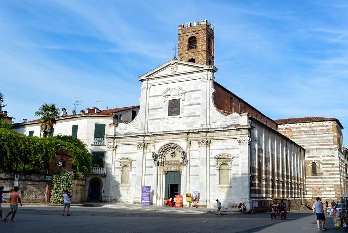 Церкви святых Иоанна и Репараты