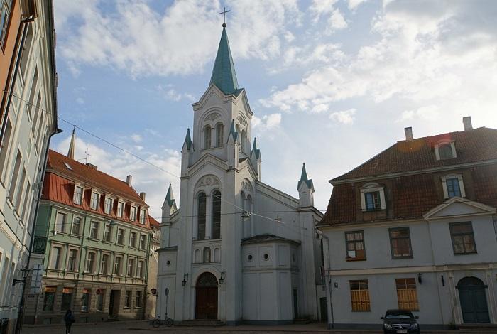 Церковь Скорбящей Богоматери