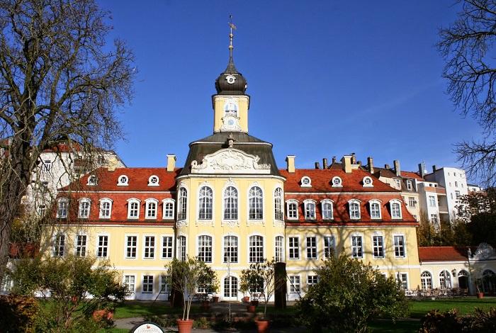 Голизский дворец