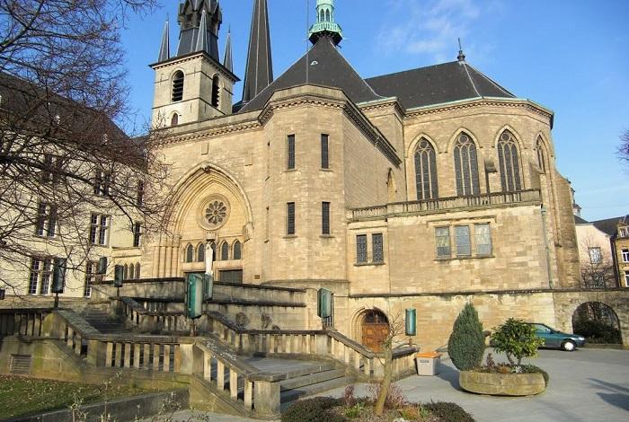 Собор Люксембургской Богоматери (Нотр-Дам)