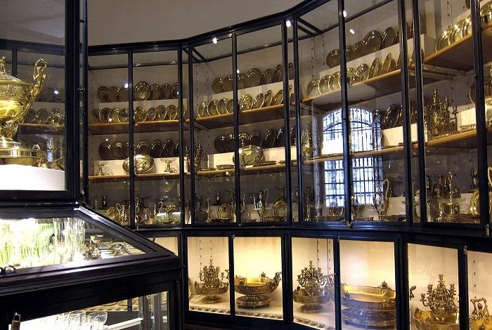 Серебряная палата Хофбурга