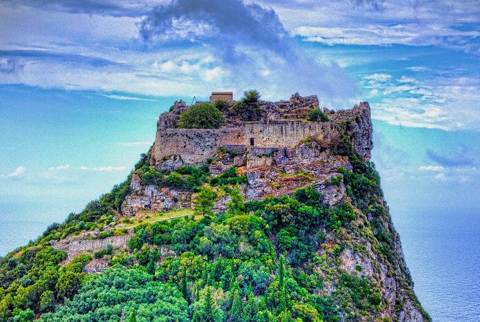 Корфу Крепость Ангелокастро