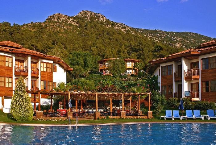 Montana Pine Resort 4*