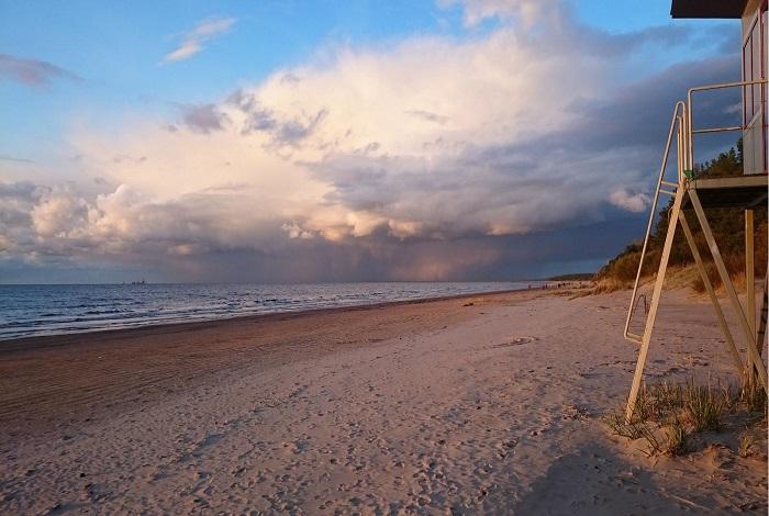Пляж Нарва-Йыэсуу